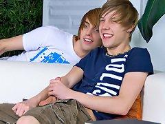 Teachtwinks.com Atlanta Grey And Kaiden Ertelle Movie Gallery - Gay Twinks Movies!